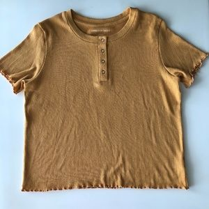 American Eagle Outfitters mustard yellow t-shirt